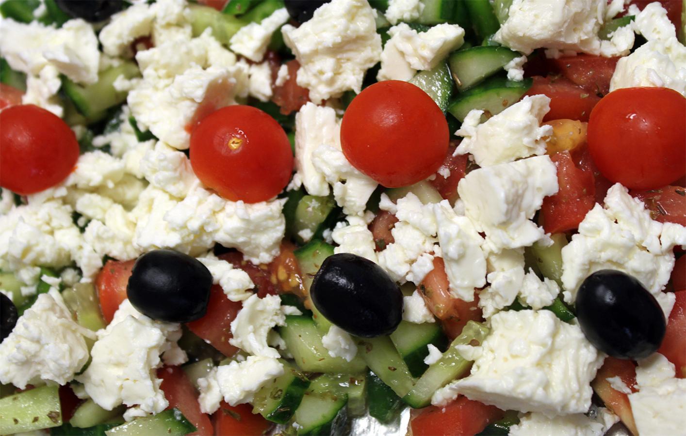zeleninový šalát s balkánskym syrom